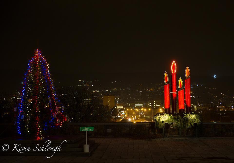 Christmas Time In Bethlehem Pa Pennsylvania Travel Nice Old Town Bethlehem Pa