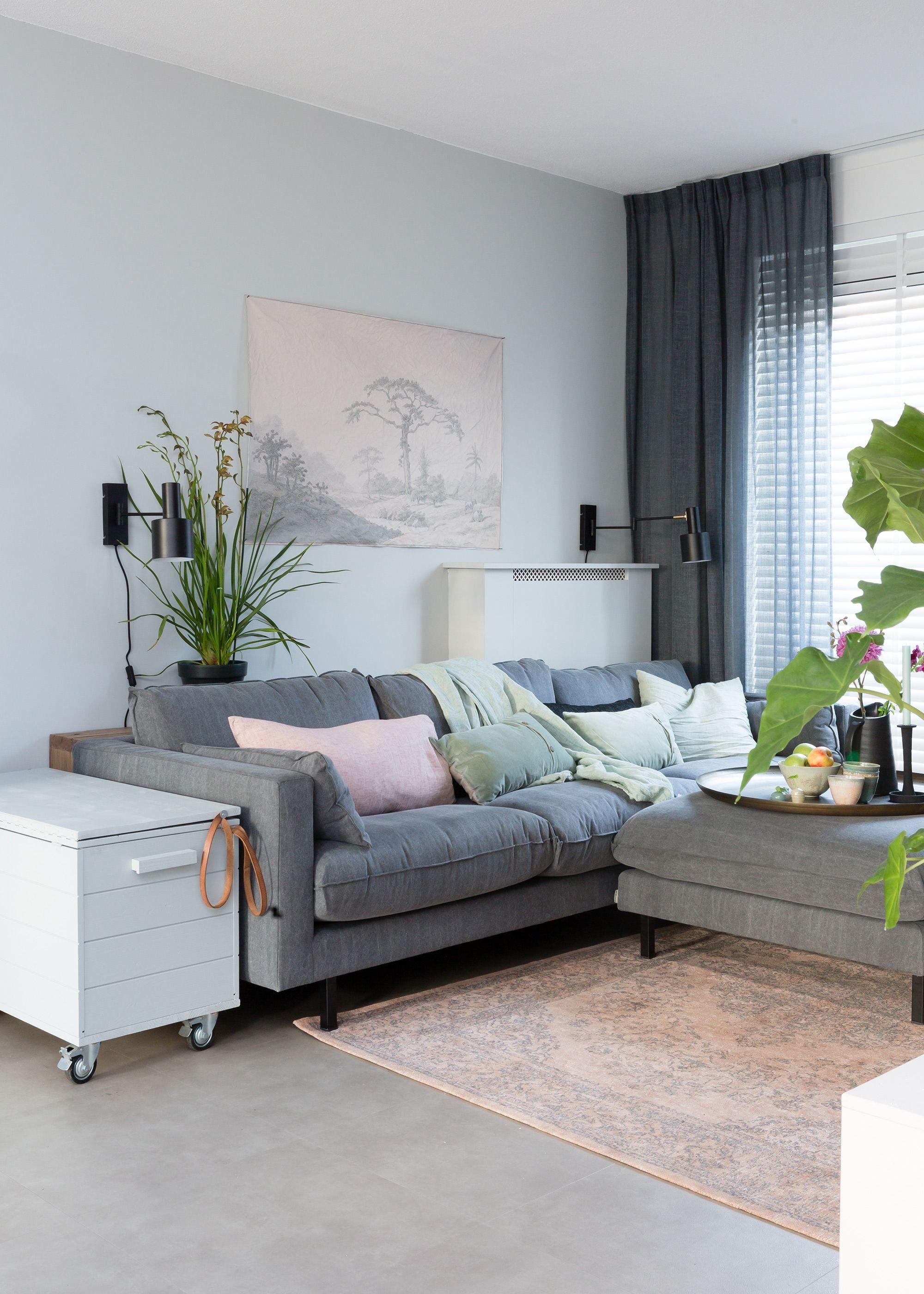 grijze wand Histor zee met lichte poster van homecanvas | woonkamer ...