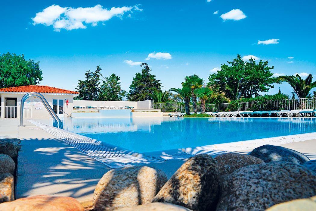 Camping Fontaines*** our vos envies de nature et de tranquillité - camping dordogne etoiles avec piscine