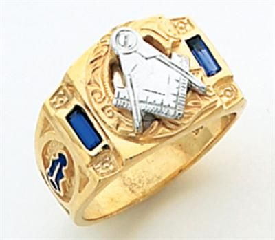 I've been wanting to get one of these really cool masonic rings. I especially love the design on this one! The gems look really cool, too.
