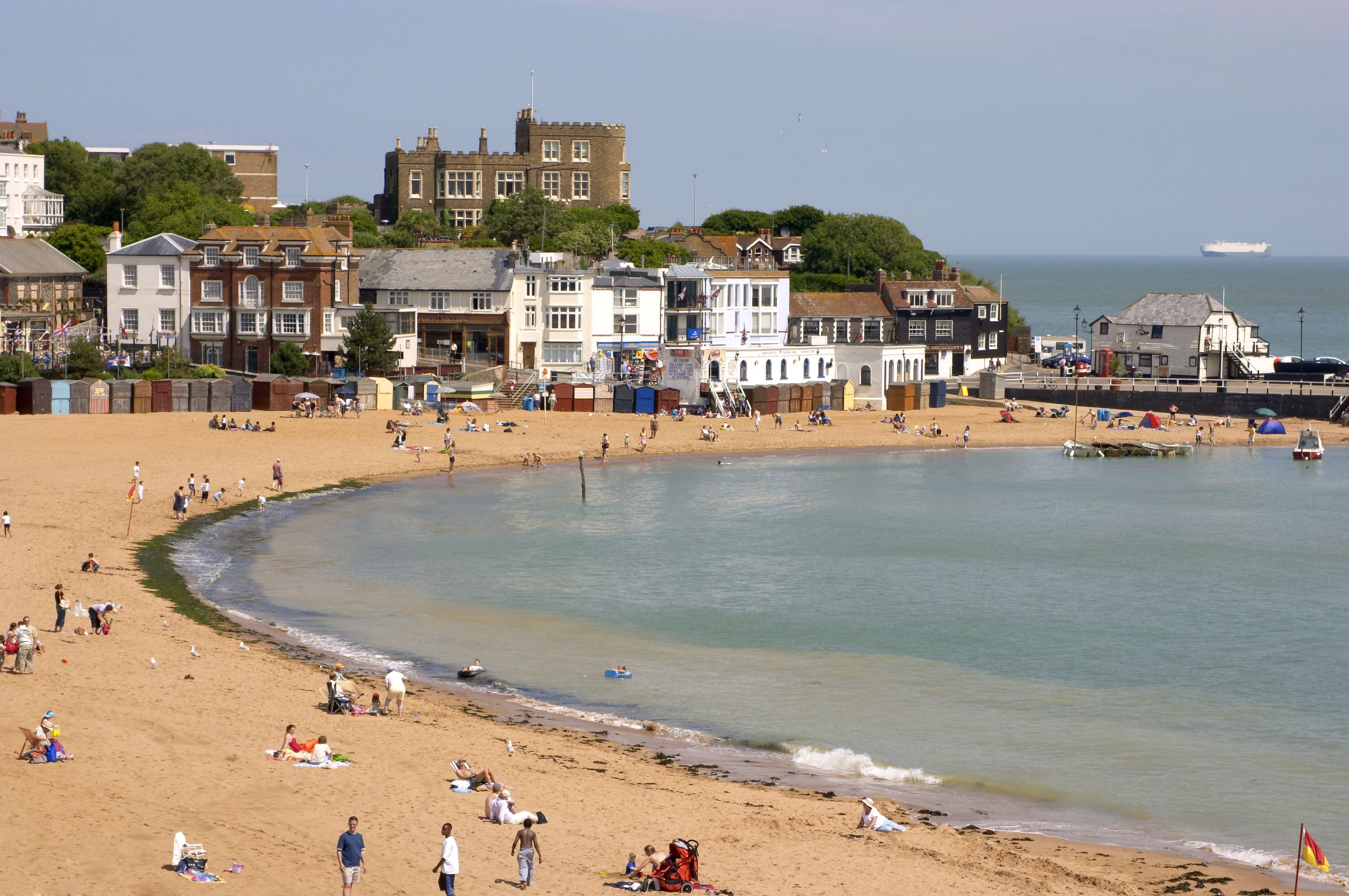 Broadstairs Thanet Kent Uk Places And Spaces Near