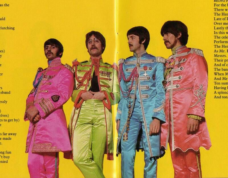Paul Mccartney S Sgt Pepper Costume Sgt Peppers Lonely Hearts Club Band Beatles Sgt Pepper The Beatles