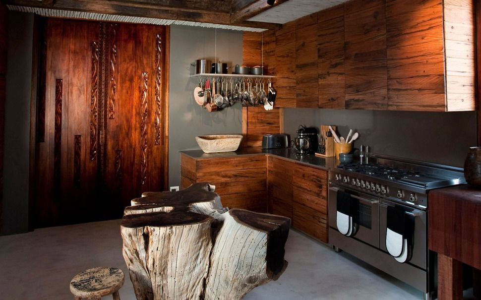 South African Villa with Cave Like Interiors and ...