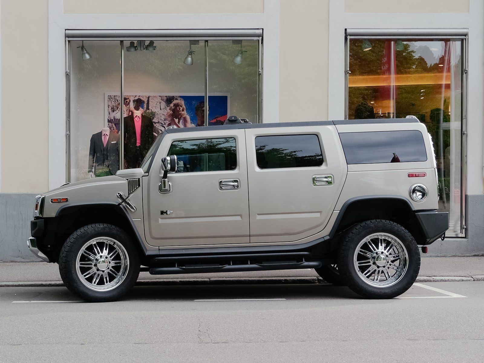 Gm To Release An Electric Hummer Pickup Per Report In 2020 With