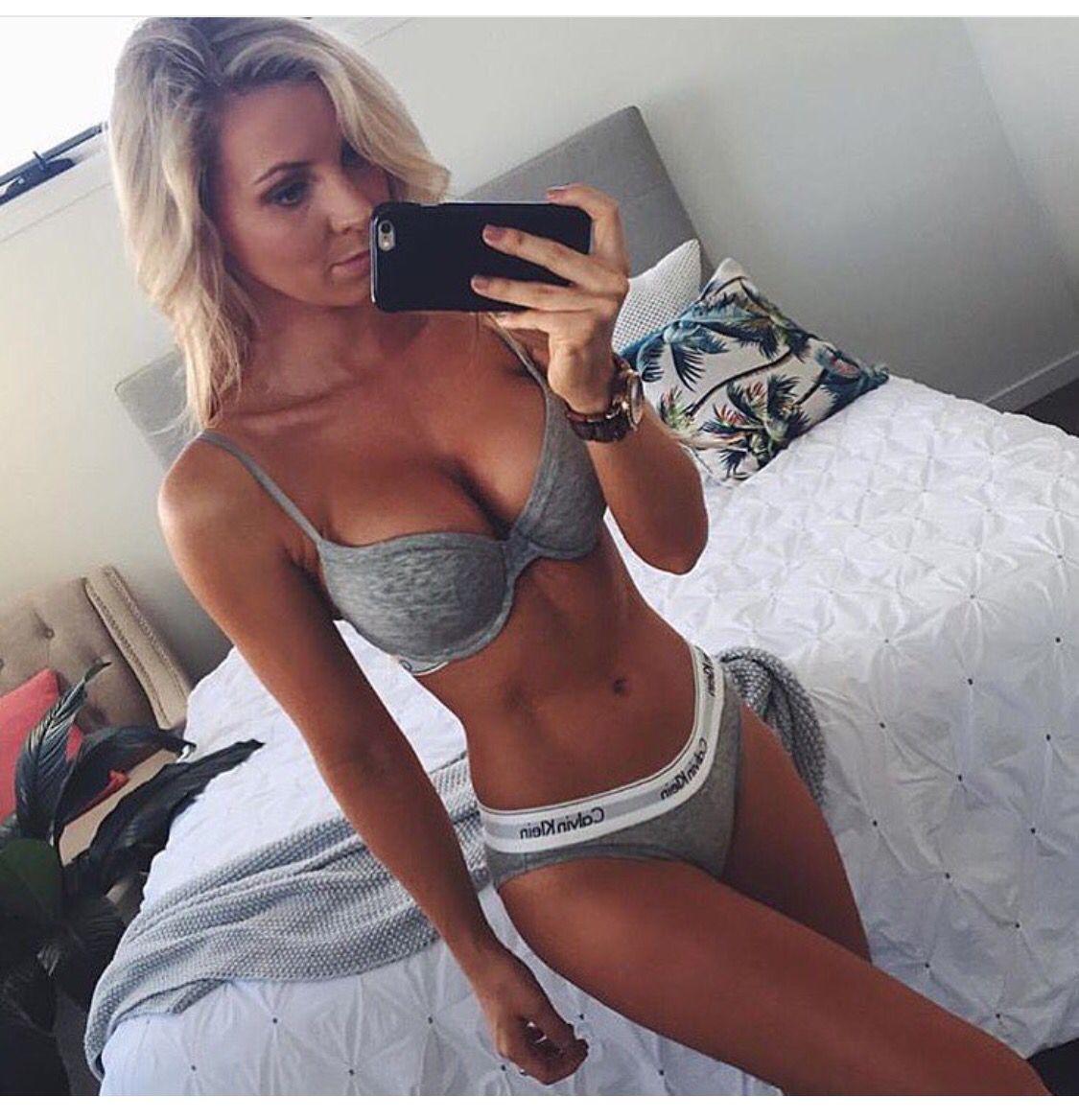 Damen mit sexy Körpern
