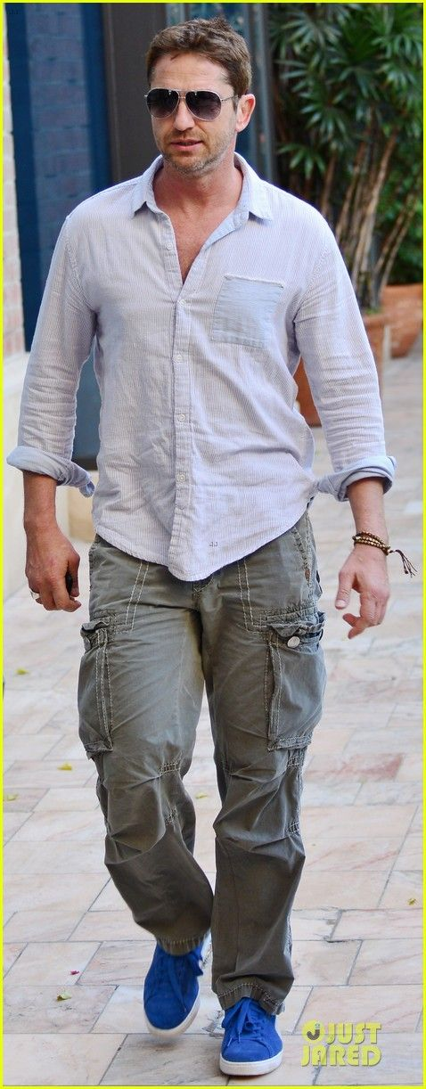 Gerard Butler: Beverly Hills Outing After 'Kane & Lynch' News! | gerard butler beverly hills outing after kane lynch news 01 - Photo