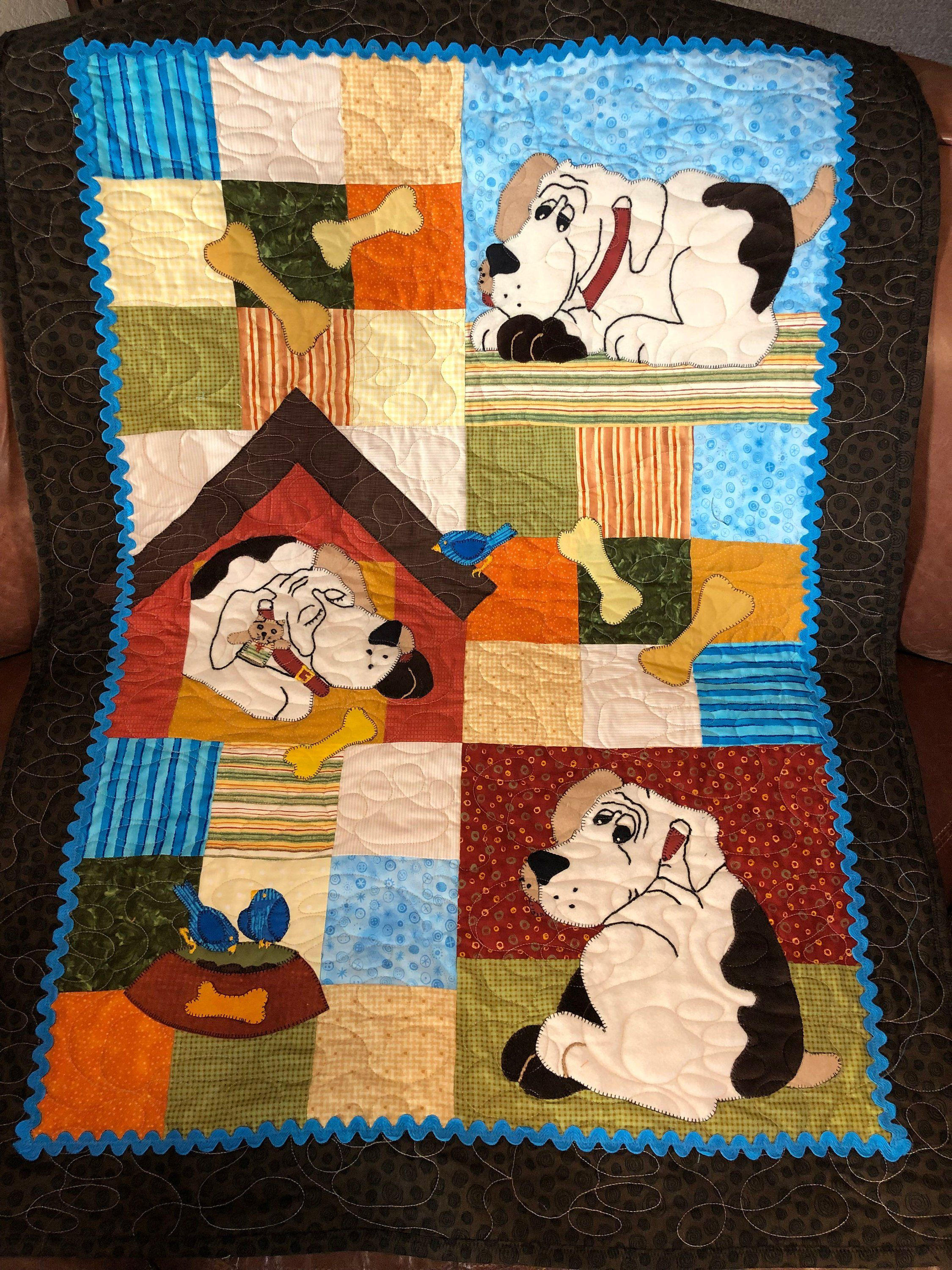 Dog Quilt Pattern Ain't Nothing But A Hound Dog Cute