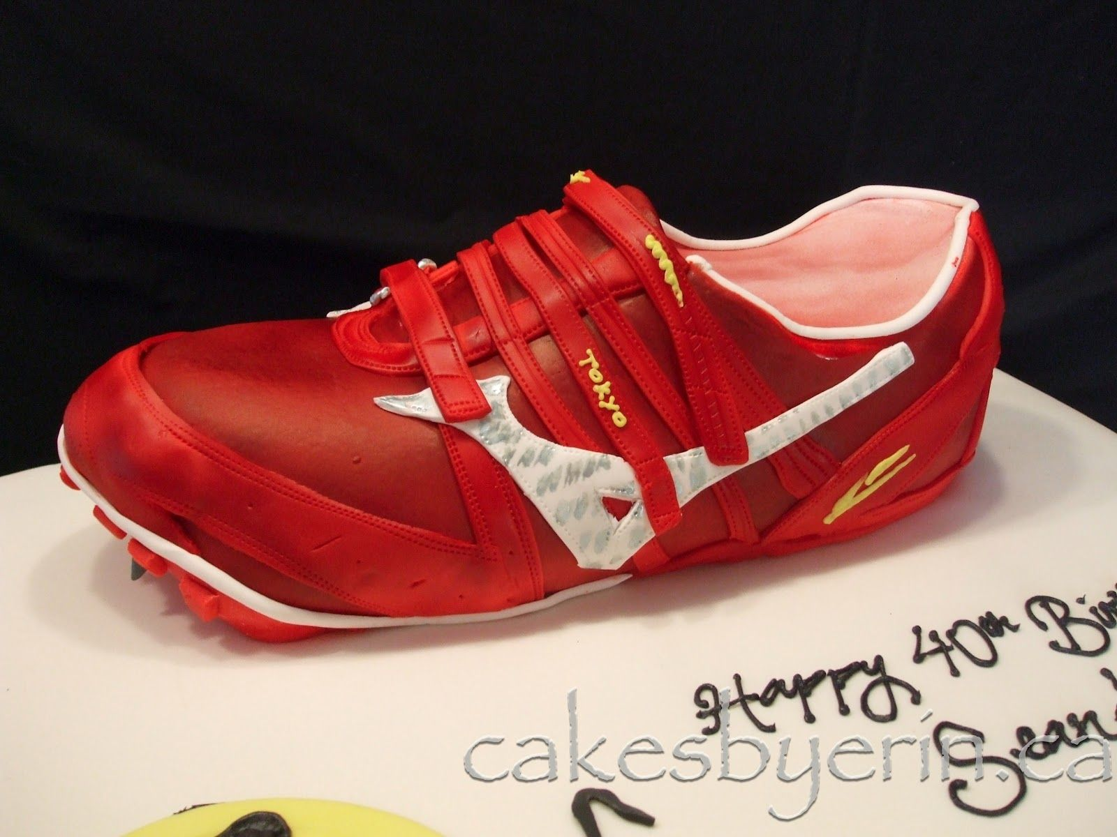 Running Shoe Cake So Hungry Pinterest Shoe Cakes Cake And