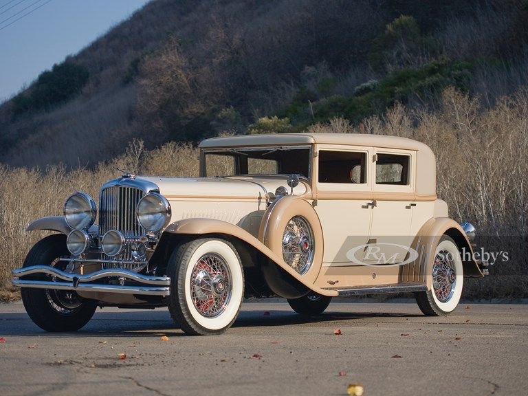 1930 Duesenberg Model J Arlington Five-Passenger Club Sedan
