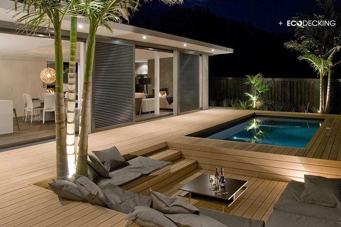 Stunning Show Home Conversation Pit And Pool Are Deck Utomhusutrymmen Trädgårdsdesign Utomhusrum