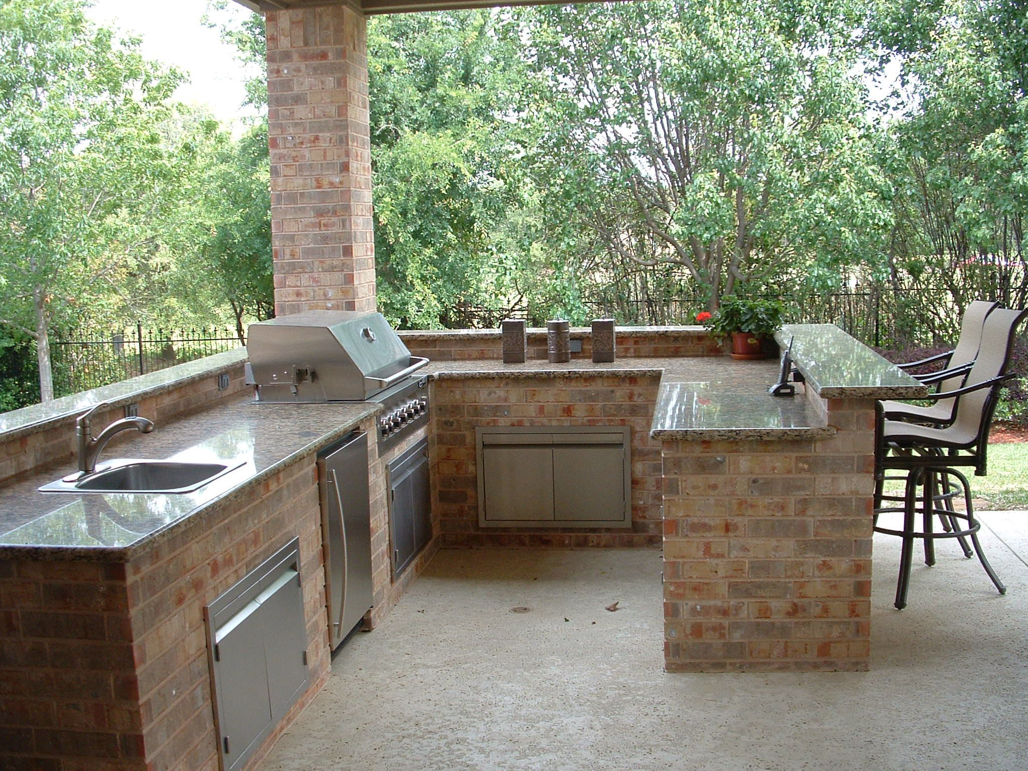 Outdoor Bar Plans Outdoor Kitchen Features Granite Countertops