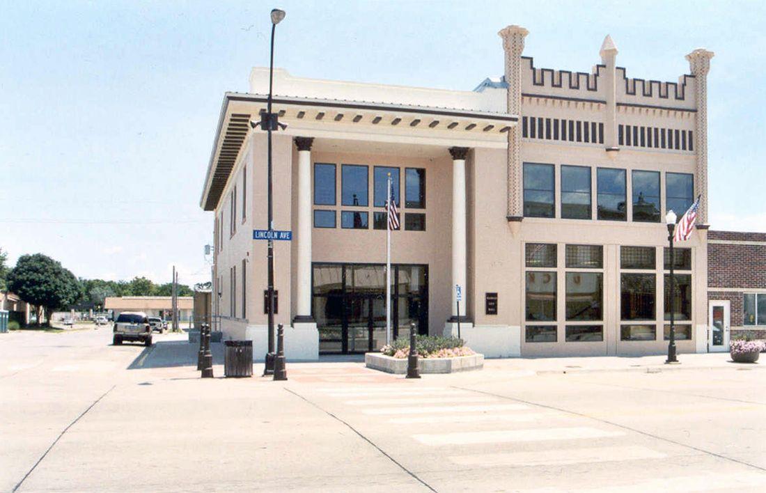 Wamego City Hall City Hall Wichita Kansas House Styles