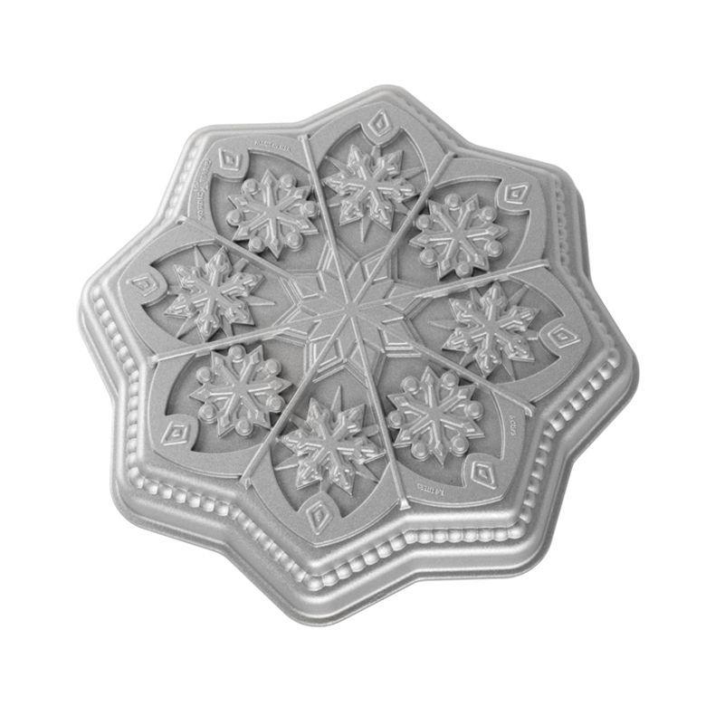 Sweet Snowflakes Shortbread Pan | Nordic Ware
