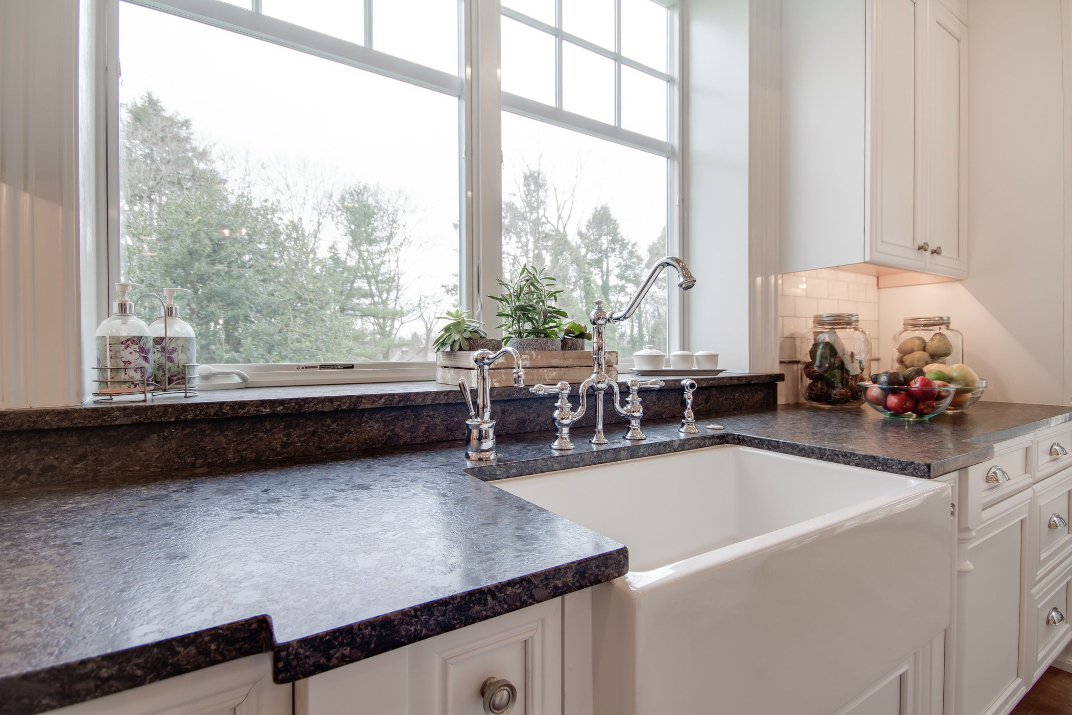 Discount Granite Countertops Nj Bright White Kitchen With Silver Pearl Leathered Granite