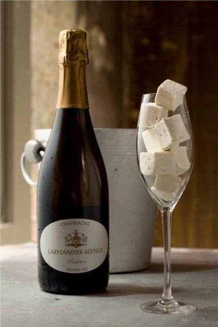 Champagne Marshmallows Recipe  évidemment, je ne gaspillerai pas du champagne dans de la guimauve mais un petit mousseux..