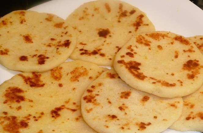 Arepas De Queso Colombianas Receta De Larissa Martinez Recipe Arepas Arepas Recipe Bistro Food