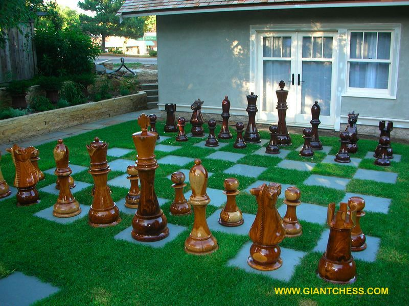 Wonderful The Queen Of Hearts Garden   Giant Chess Set.