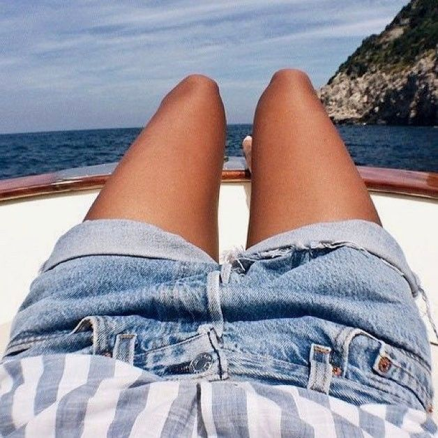 Inspiring summer 😎⚓️⛵️ #fashion #outfit #outfitoftheday #ootd #summer #shirt #inspiration #denim #summer #sunnyday #weekend