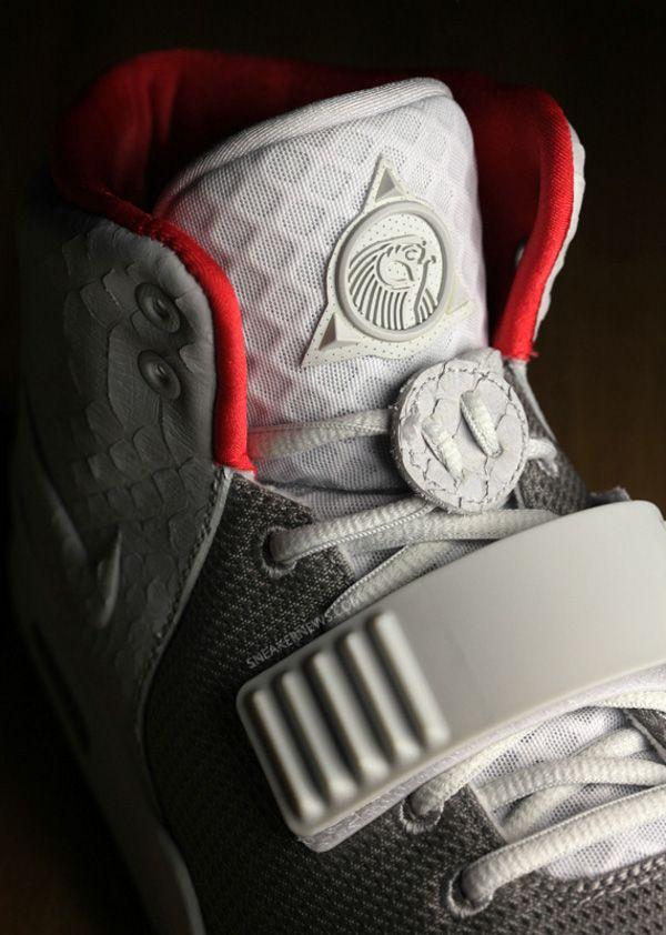 "6e8b895de Nike Air Yeezy ""Zen Grey"" vs. ""Pure Platinum"""