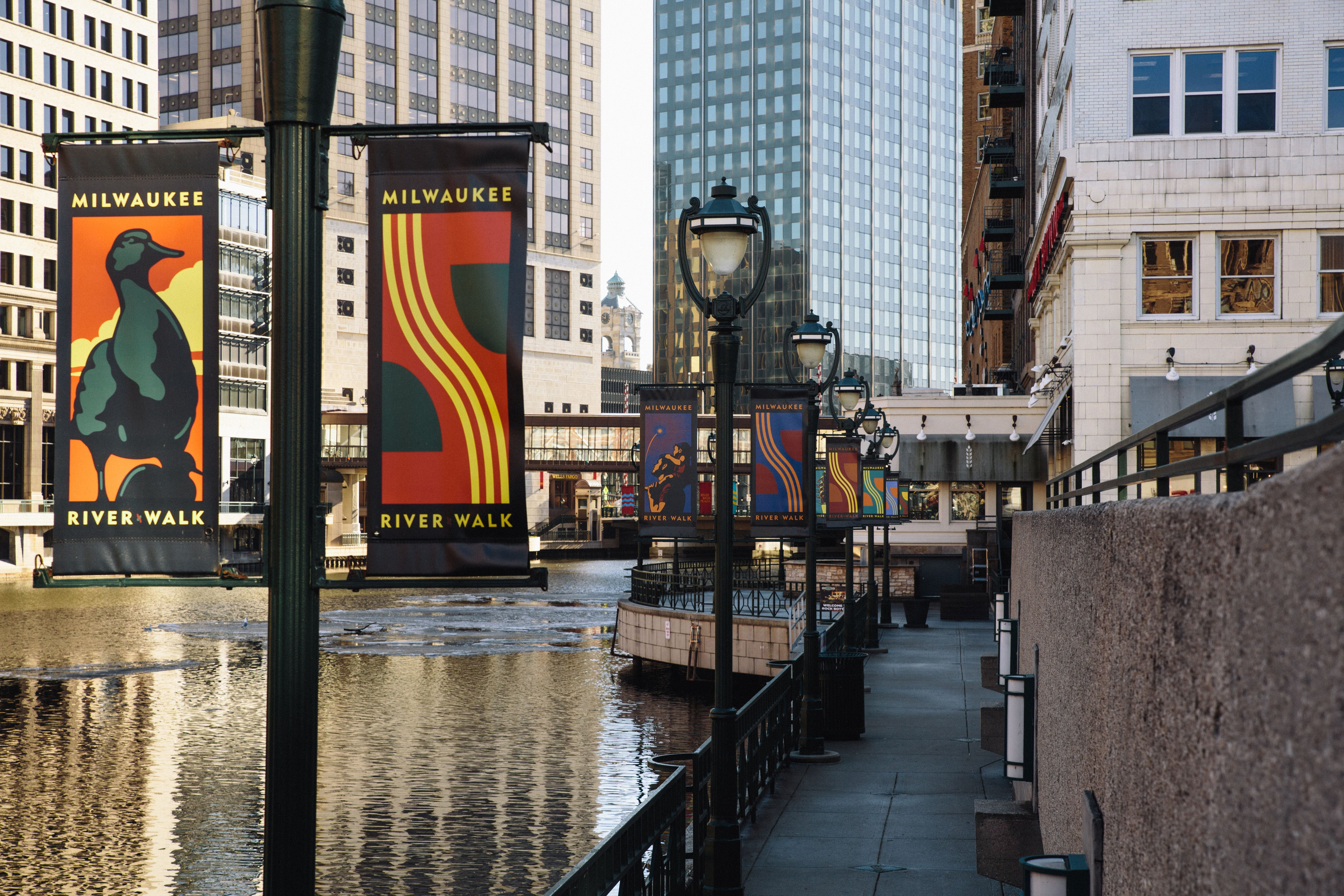 Your Best Guide to Experiencing the Milwaukee Riverwalk