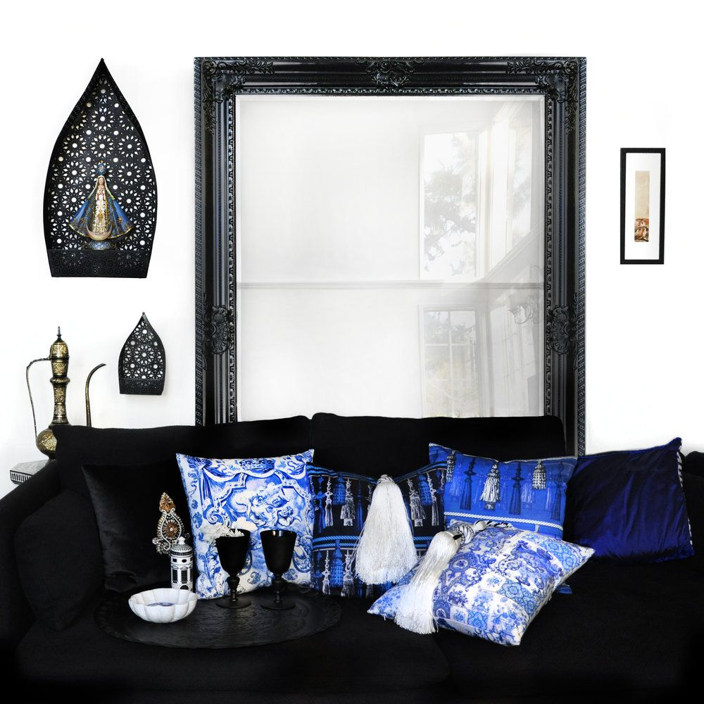Blue interior design blue room blue velvet cushion blue rooms
