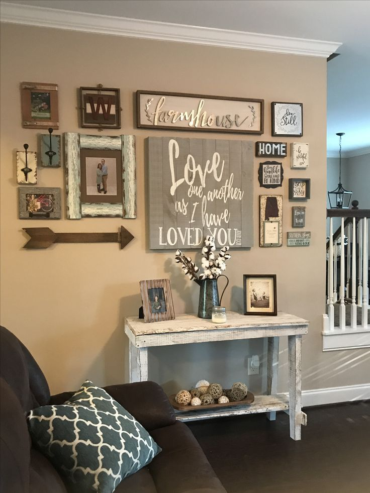 New Collage Wall! Rustic Farmhouse Home Decor Ideas And Inspiration #homedecor #farmhouse