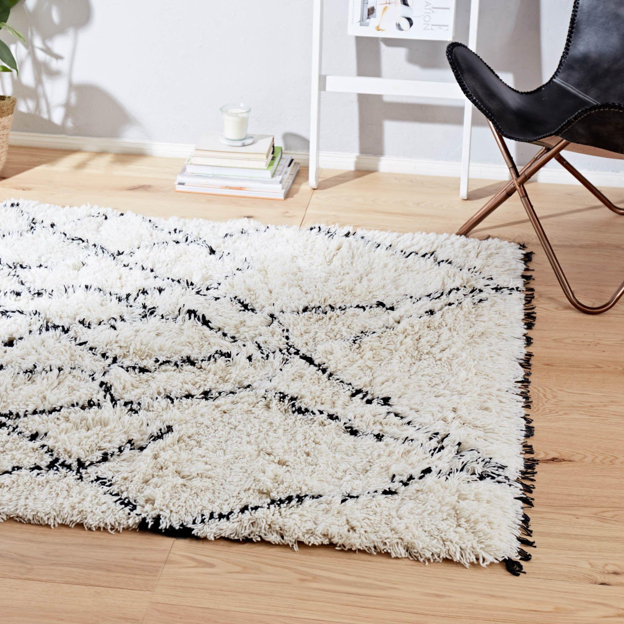 Unser handgekn pfter teppich ambassa besitzt eine weiche und wohlige oberfl che die aus reiner - Eierschale wandfarbe ...