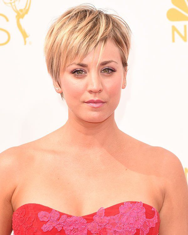 Kaley Cuoco's Emmys Beauty -- Natural Makeup & Cute Pixie