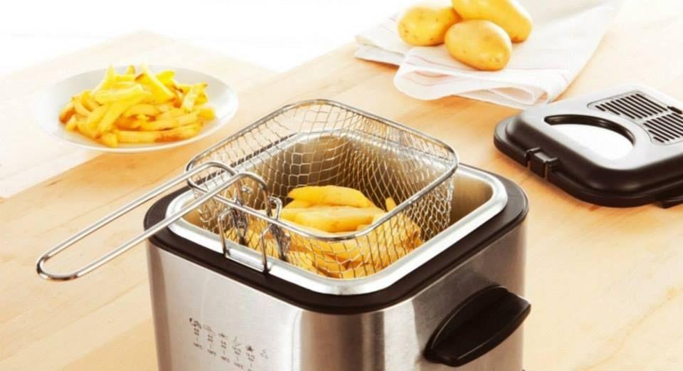 6 astuces de grand m re pour nettoyer sa friteuse astuces maison pinterest nettoyer. Black Bedroom Furniture Sets. Home Design Ideas