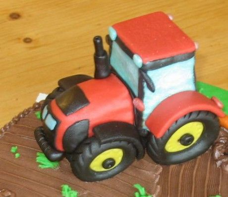 Marcipanove Torty 2 Fotopostupy Recepty Rece Str 30 Tractor Cake Fondant Cake Tutorial Fondant Tips