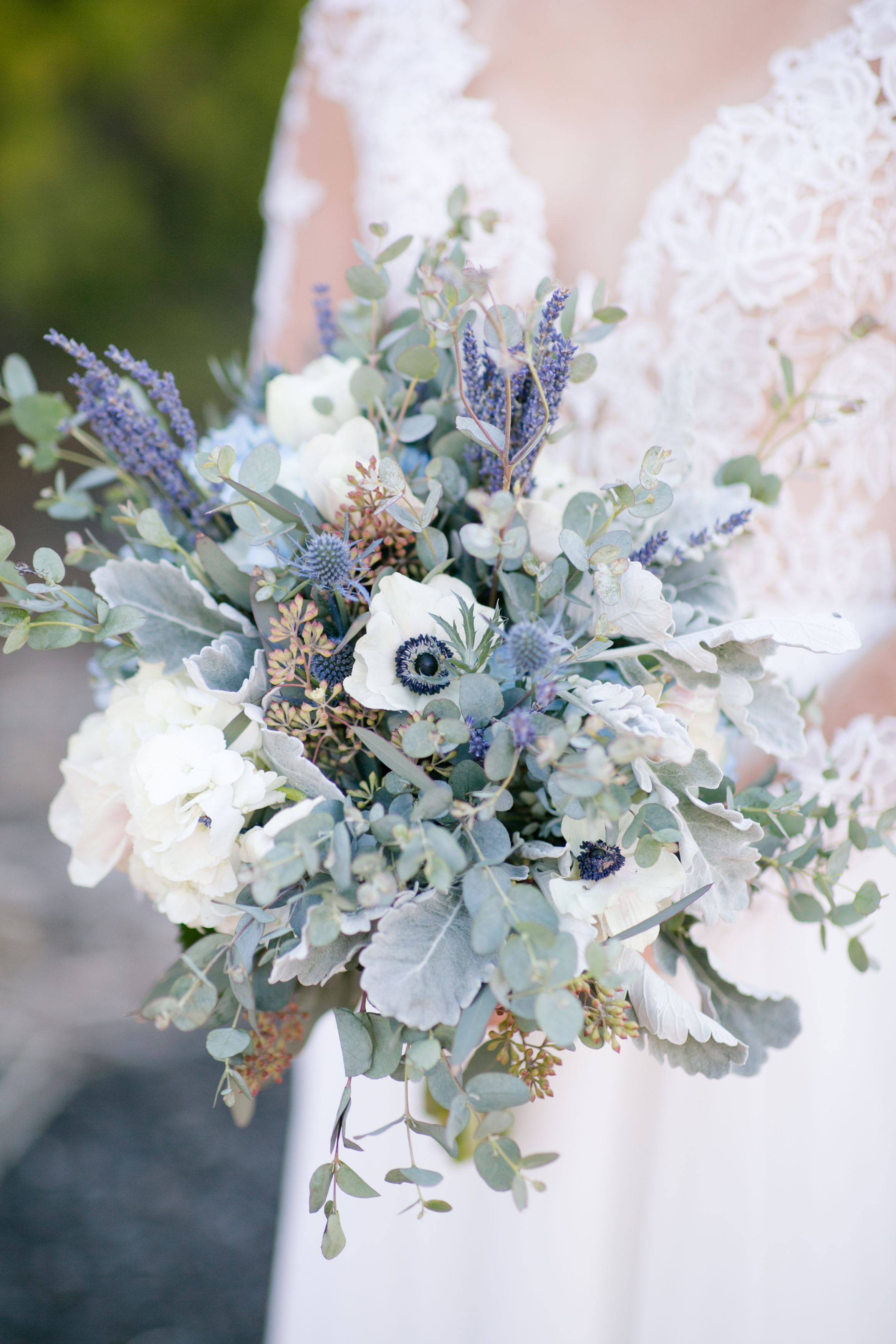 The perfect spring bouquet for the bride. #purpleweddingflowers