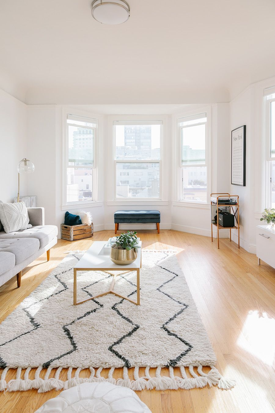 Neutral Living Room Inspo Muted Rug Coffee Table Styling