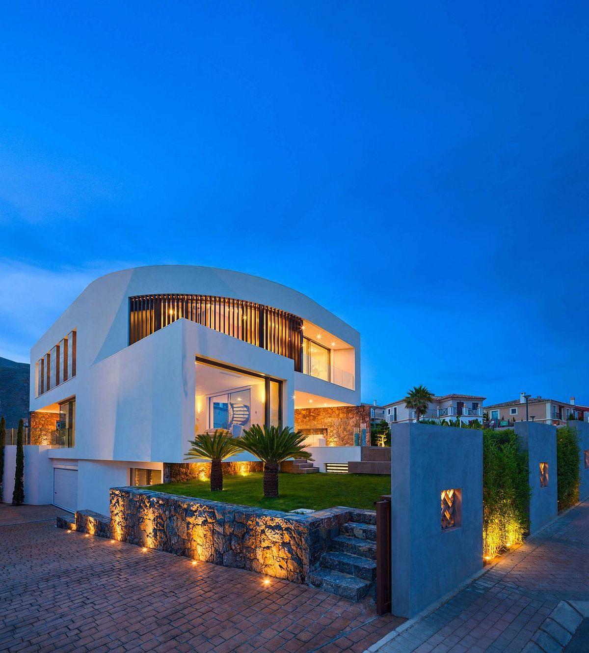 Contemporary Mediterranean Luxury Interior Designs: Casa Finestrat: Contemporary Spanish Home With Chic