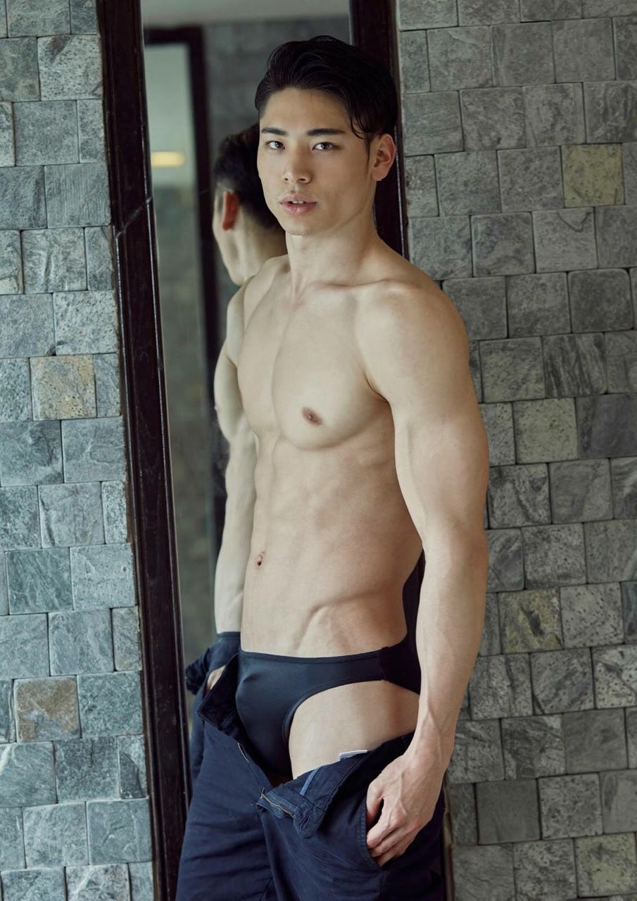 hot-asian-male-model