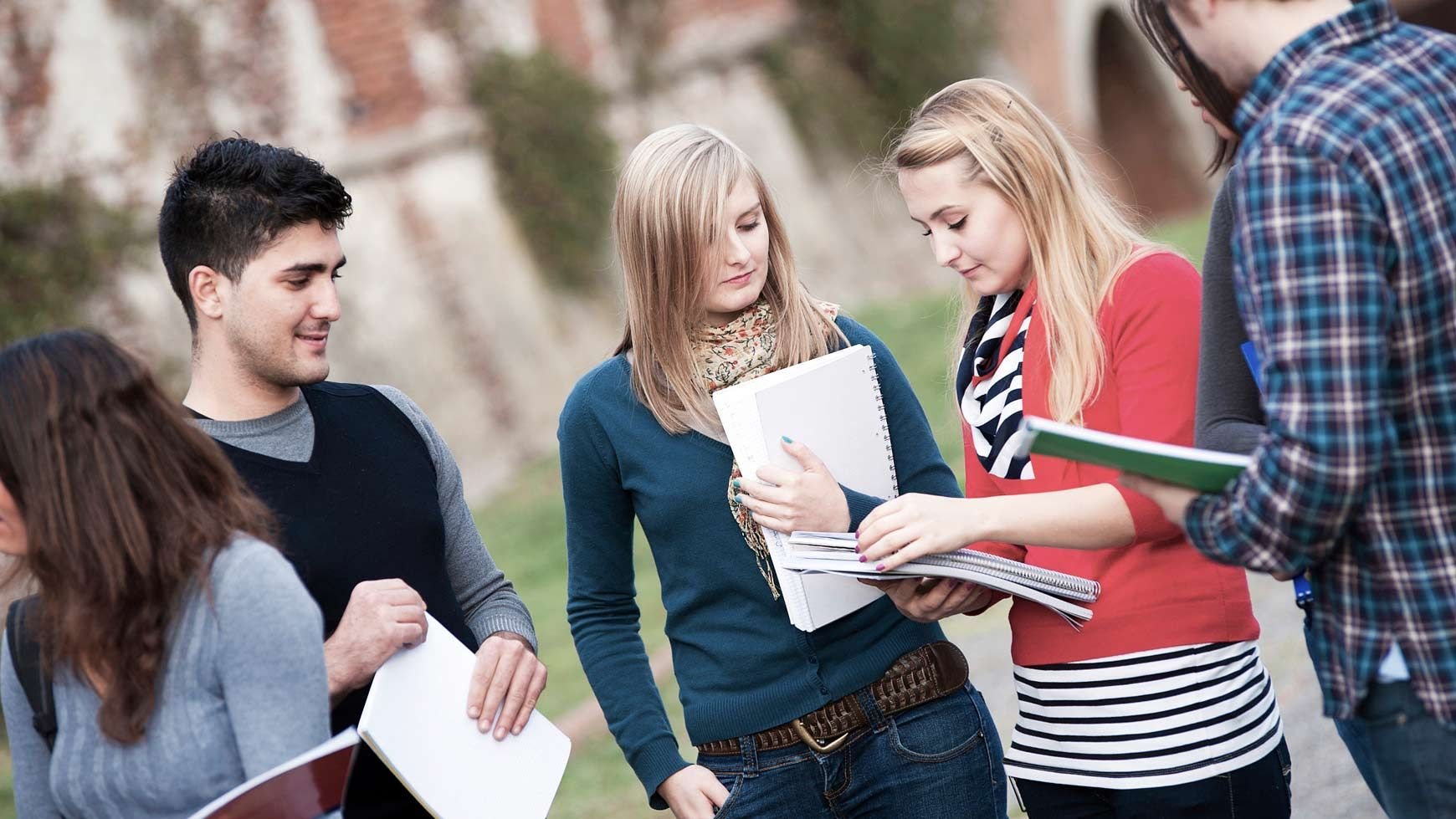 Checklist Questions That Can Help Teens Build Self