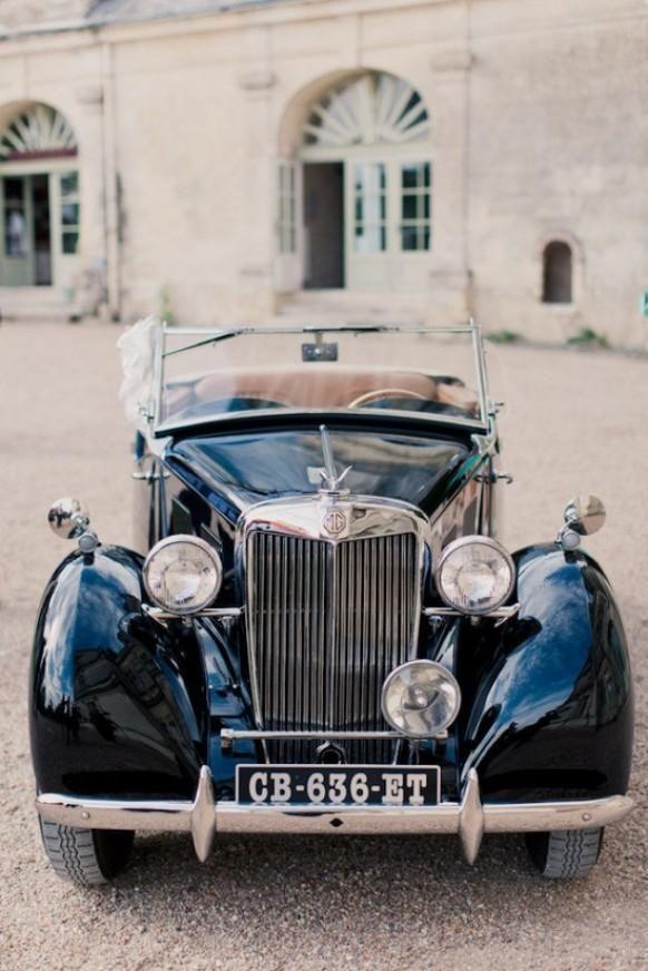 Classic Wedding Car #trouwauto #trouwvervoer ThePerfectWedding.nl