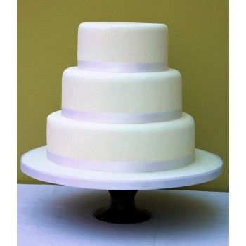 Simple Iced Cake (Round) - Price Band B