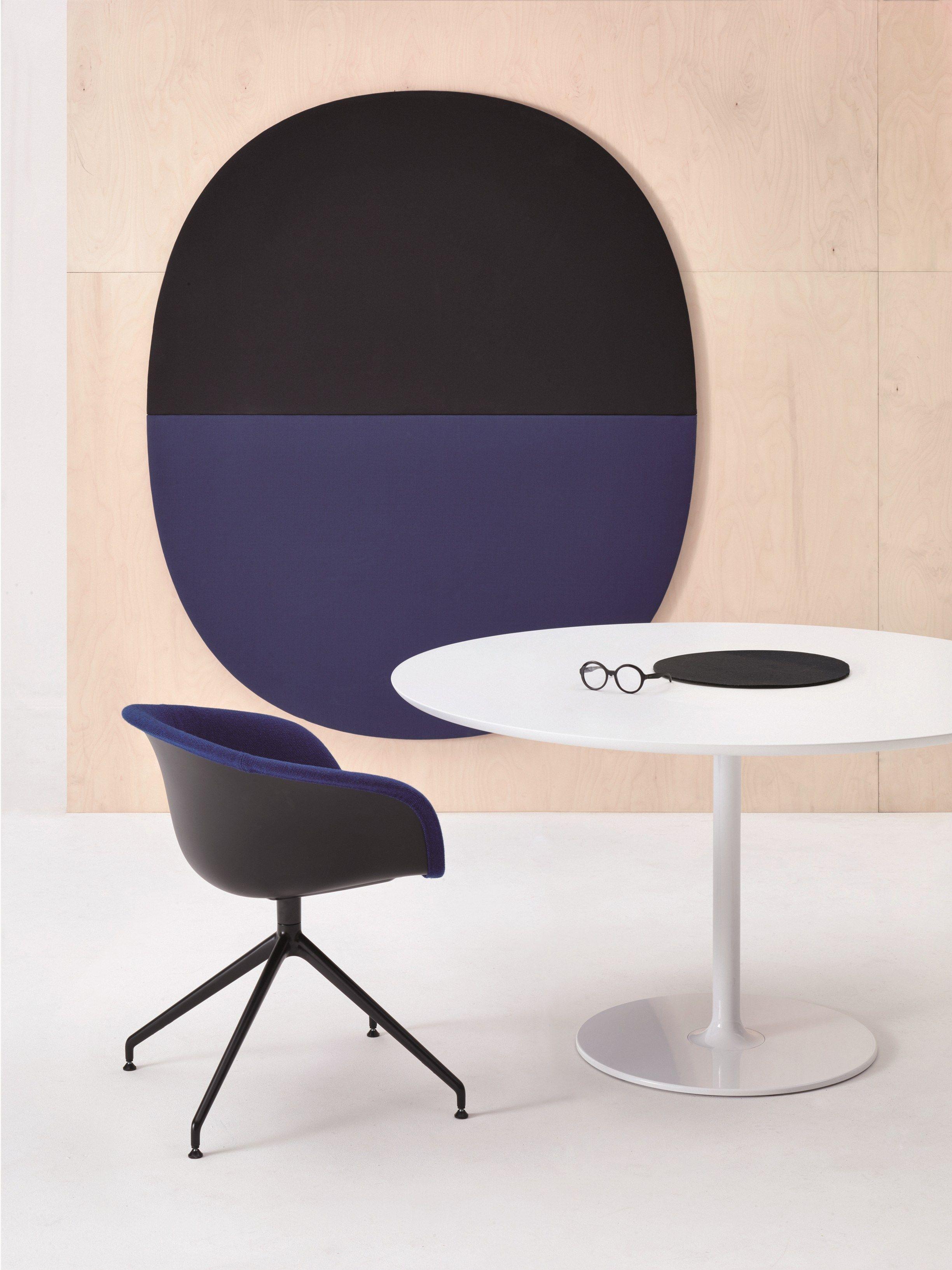 Panneaux Acoustiques Décoratifs PARENTESIT By Arper Design Lievore - Formation decorateur interieur avec fauteuils pivotants design