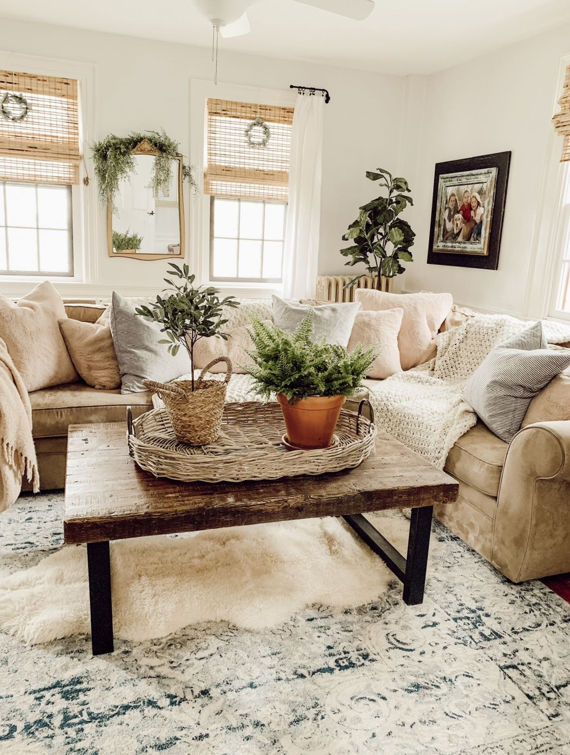 vintage farmhouse rustic living room green pillows on colors for farmhouse living room id=31711