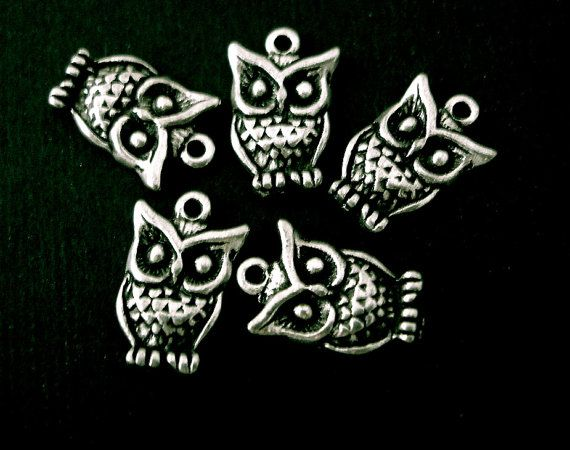 Owl Charms Silver Small Antiqued 10 by ZenbuTradingCo on Etsy, $3.00