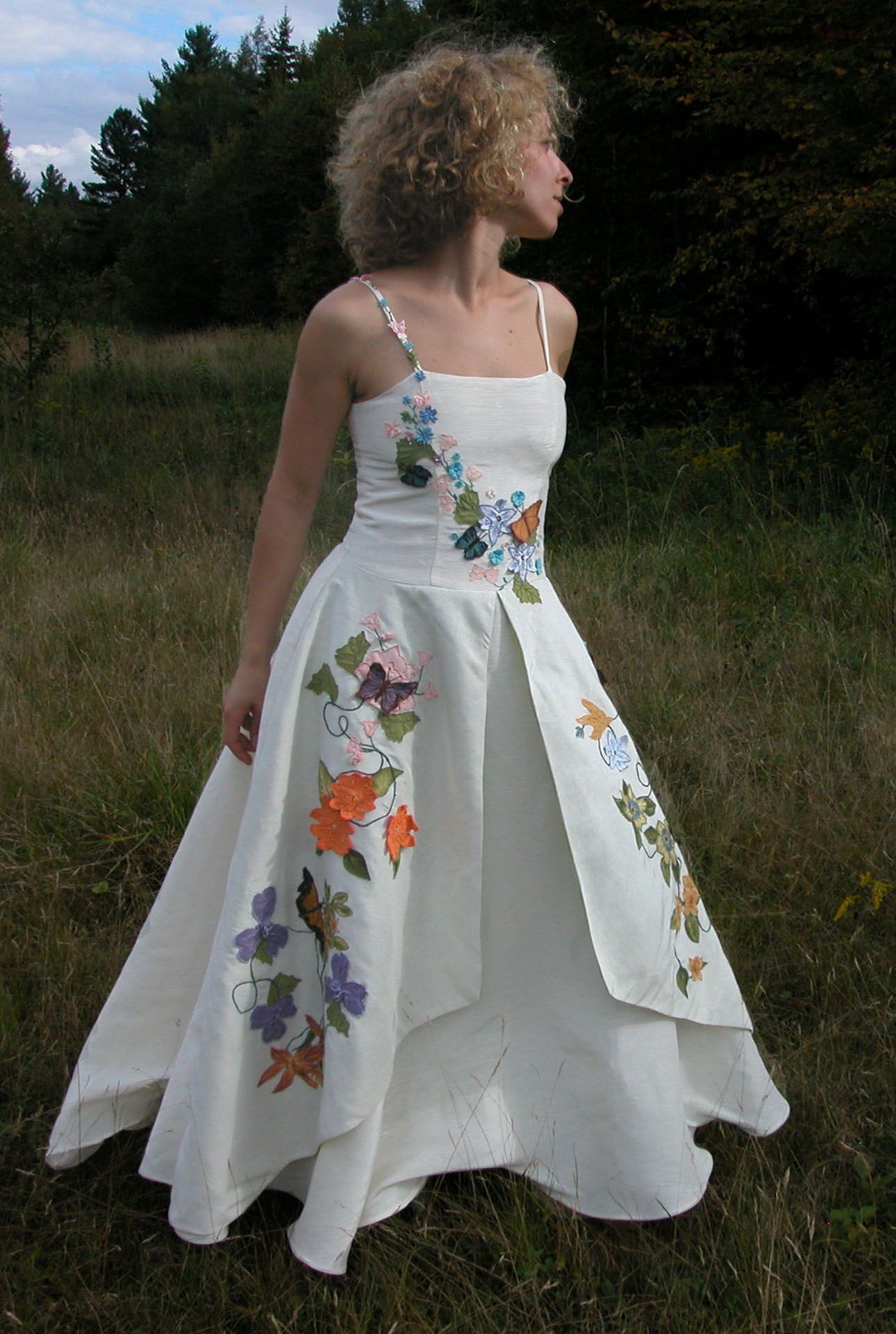 Butterfly Embroidered Hemp Wedding Dresses By Tara Lynn: Erfly Embroidered Wedding Dress At Reisefeber.org
