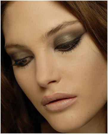 7ec96a4b719 3 Simple Eye Makeup Tips That Will Make Your Big Eyes Pop! | ƸӜƷ ...