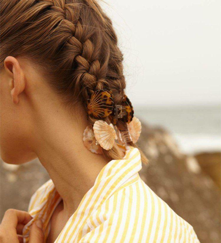 Frisur Mit Haarspange Viele Einfache Ideen Zum Haare Stylen In 2020 Cool Hairstyles Hair Styles Hairstyle Examples