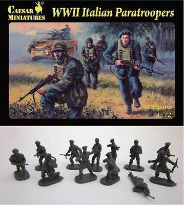 Waterloo 1815 Miniatures 1//72 ITALIAN WWII CAVALRY Figure Set