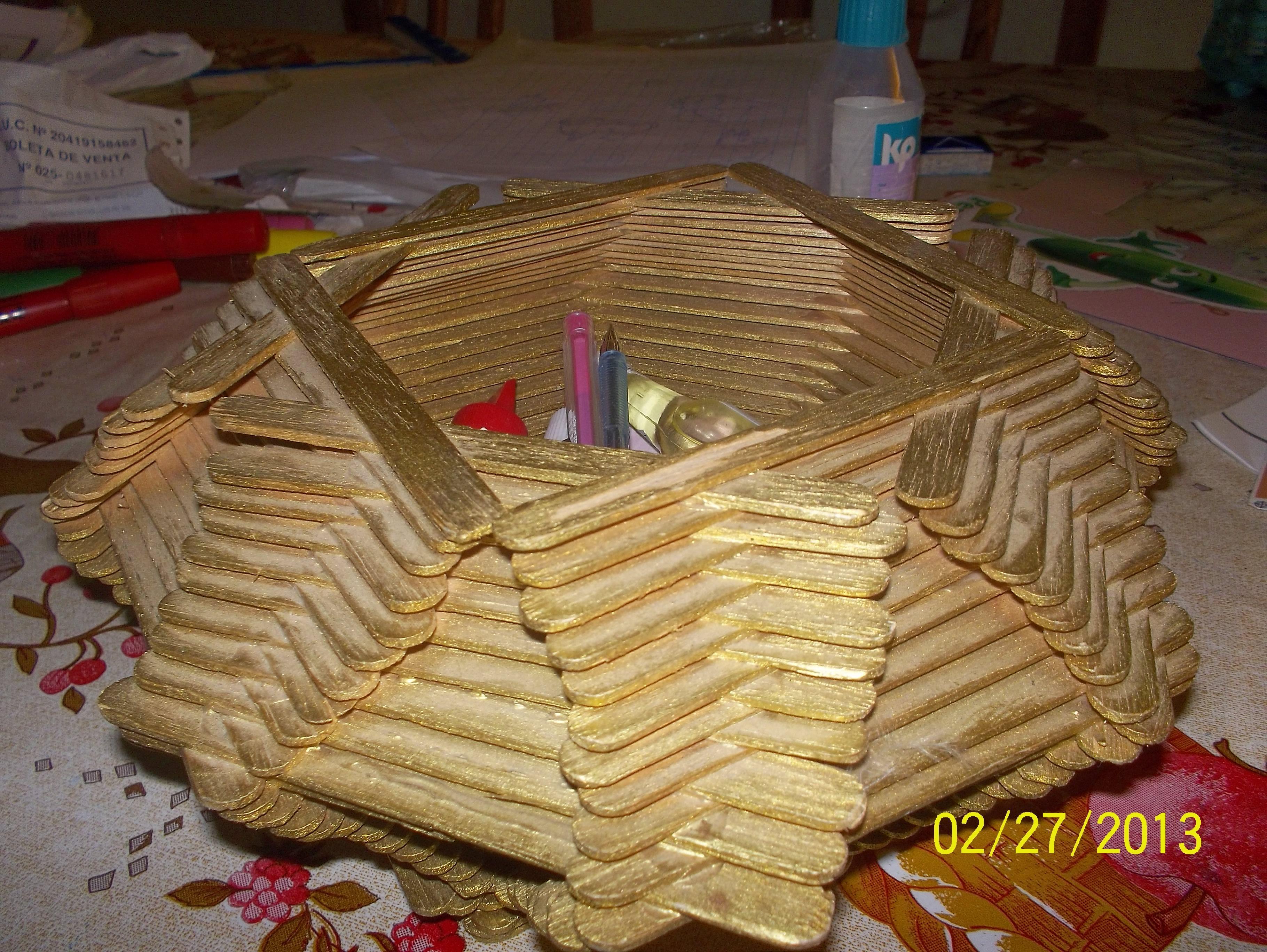 Canastilla de palitos de helado en color dorado - Trabajos manuales en madera ...