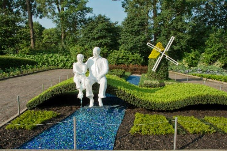 Marvelous Amazing Plant Sculptures In Mosaiculture Festival In Montreal, Canada