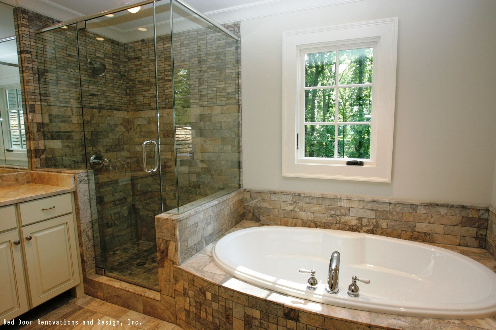 A gorgeous, rustic bathroom design with a stone shower and bathtub ...