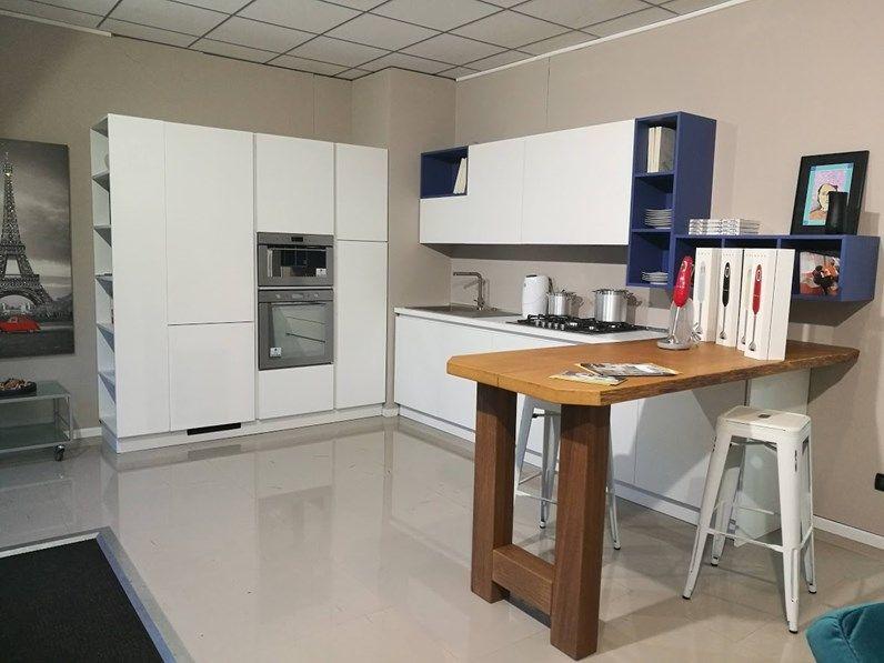 Cucina ad angolo moderna Azimut Essebi cucine a prezzo ...