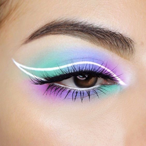 You're Going To See This Neon Cat Eye Look All Spr