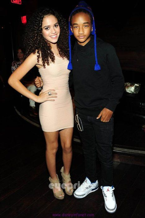 Madison Pettis And Jaden Smith Kissing Madison Pettis & J...